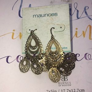 NWT- Maurice's earrings